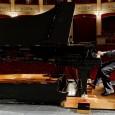 Ritorna alle Settimane Musicali il celebre pianista Roberto Prosseda con un programma di raro ascolto, interamente dedicato ad uno strumento particolare