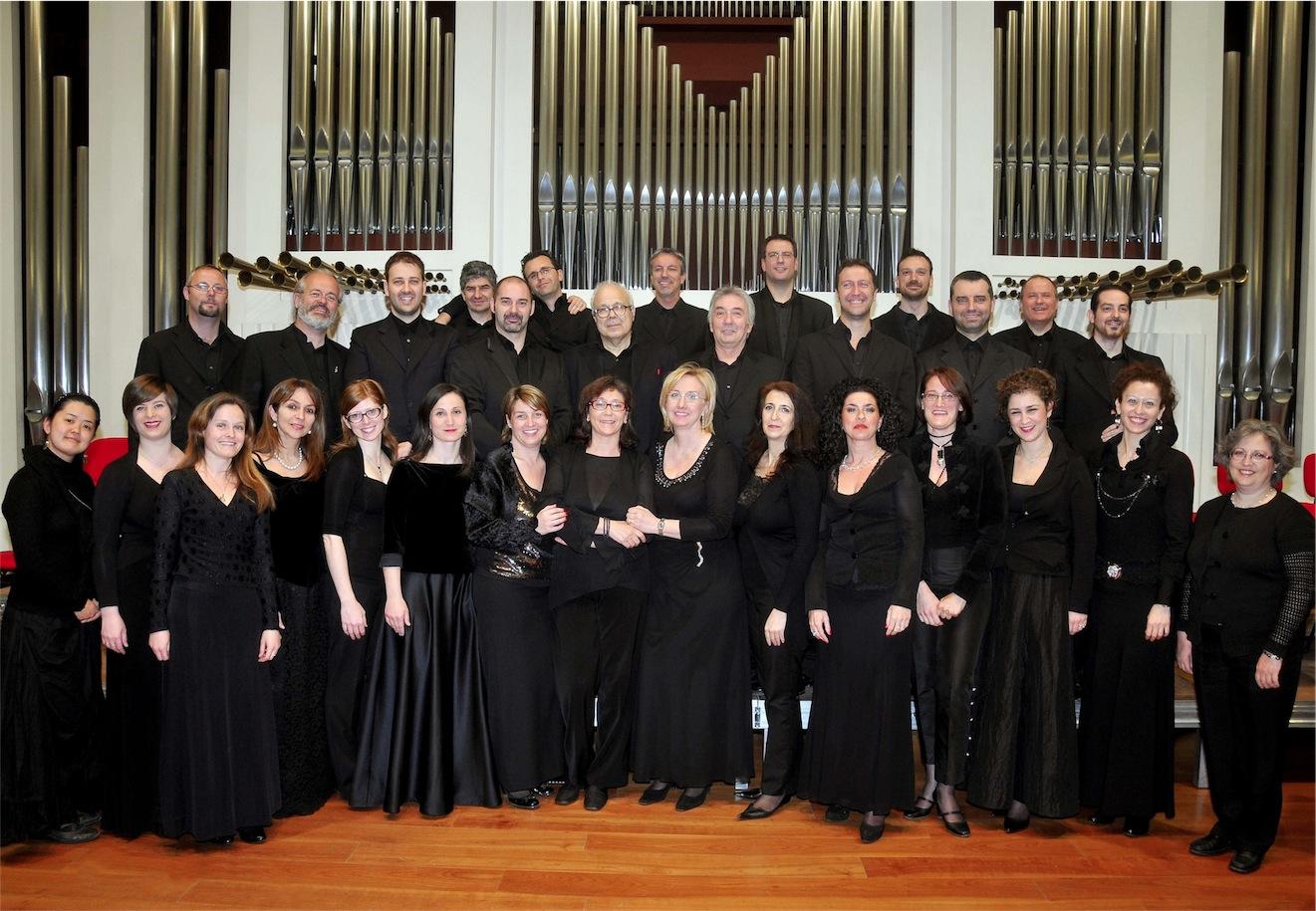 Il coro padovano La Stagione Armonica in diretta su Rai Radio 3, e in differita su Rai Uno, diretto da Riccardo Muti