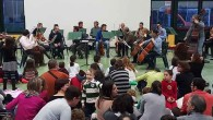 """Sabato 23 aprile alle 17.30 secondo appuntamento per il ciclo """"Tuttigiuperterra"""" alla Sala polivalente S. Martino di Voltabrusegana. I bambini potranno sedersi in mezzo all'Orchestra di Padova e del Veneto e ascoltare la Sinfonia in do magg. """"Dei Giocattoli"""" di Haydn ed il Concerto per flauto """"Il Cardellino"""" RV428 di Vivaldi"""
