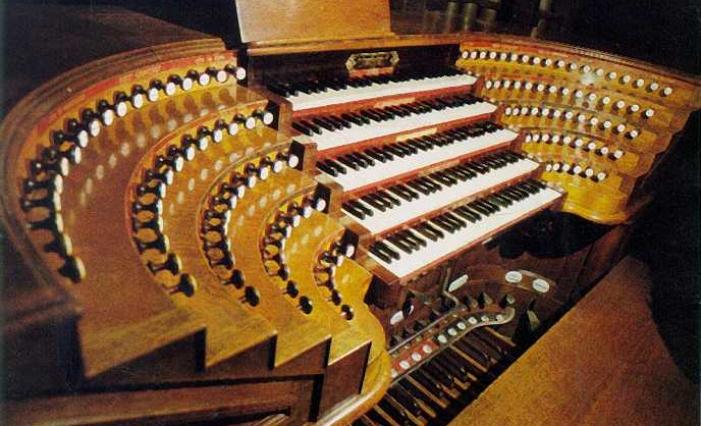 Un virtuoso dell'organo inaugura il 54esimo ciclo dei Concerti di Ottobre al Santuario della Madonna Pellegrina