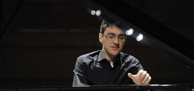 Alexander Gadjiev apre il Progetto Giovani delle Settimane Musicali al Teatro Olimpico