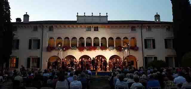 """""""Musica in Villa"""" a San Pietro di Cariano con la Quarta e la Sesta Sinfonia Beethoven"""
